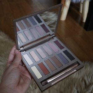 Urban decay Naked Ultimate Basic